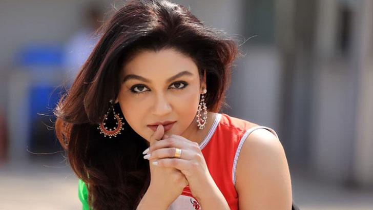 মাদ্রিদ আন্তর্জাতিক চলচ্চিত্র উৎসবে সেরা অভিনেত্রী জয়া