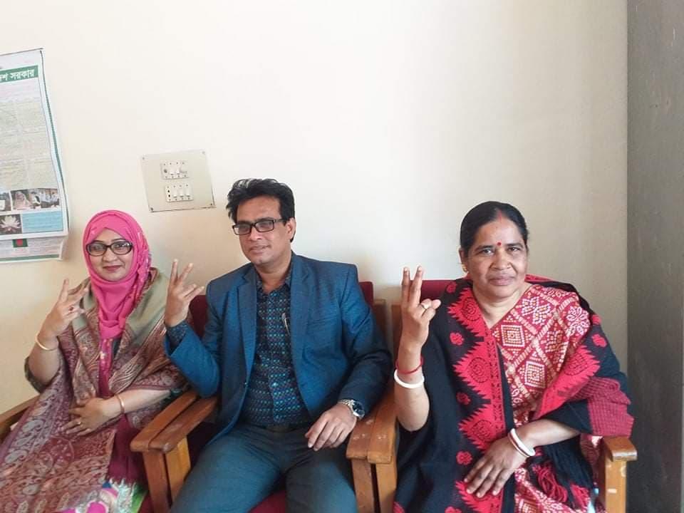 তৃতীয় দিনে টিকা নিলেন বরিশাল নার্সিং কলেজের কিছু শিক্ষকরা