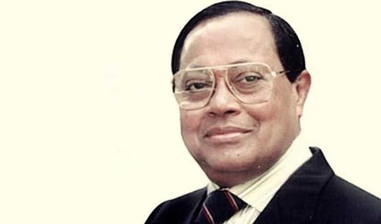 সাবেক প্রধানমন্ত্রী মওদুদ আহমদের  রাজনৈতিক জীবন